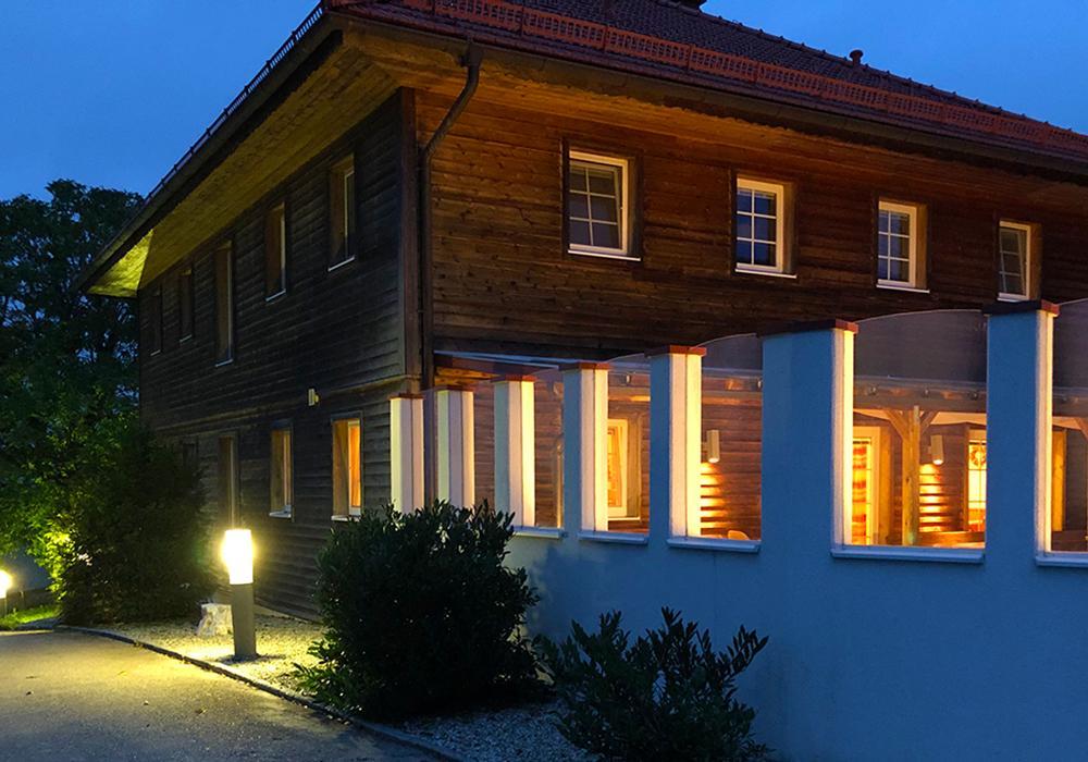Unser Gästehaus am Abend